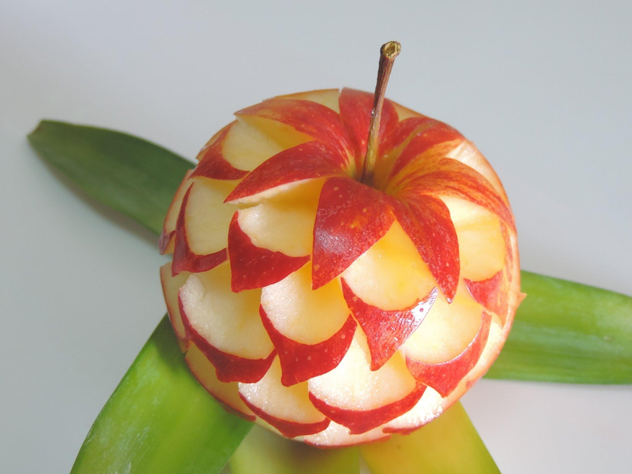 Fruit carvings u hobbybuilders
